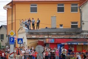 Prístavba domu Merešovcov v Malackách počas motocyklových pretekov v roku 2014