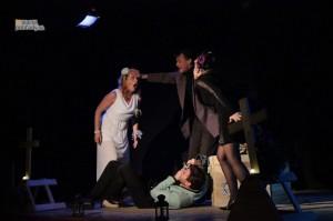 Divadlo u Zbrojnoša: Posledné zbohom
