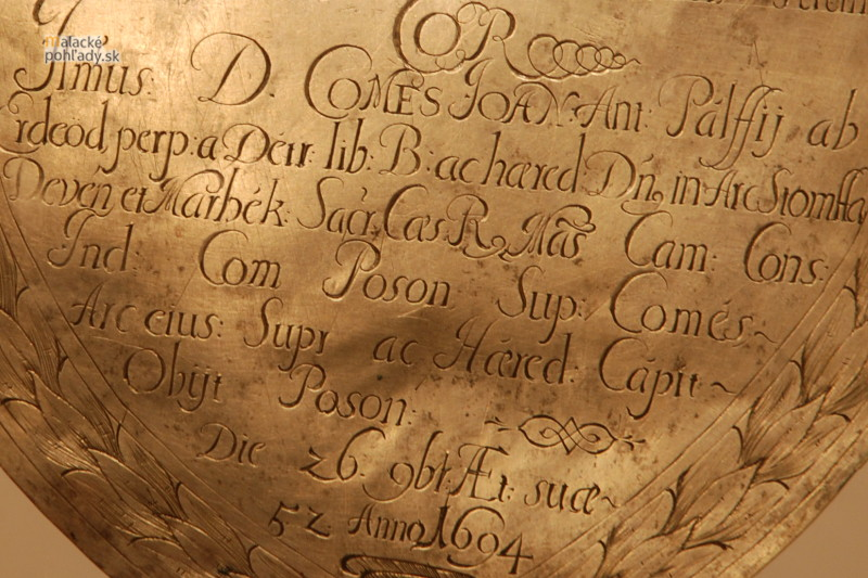 Detail schránky so srdcom Jána III. Pálffyho