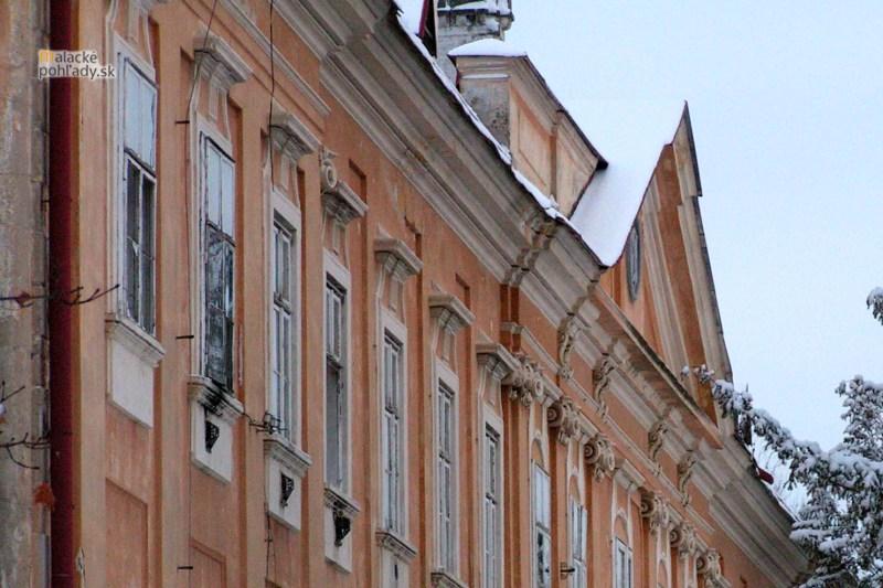 Detail malackého pálffyovského zámku, po roku 2000.