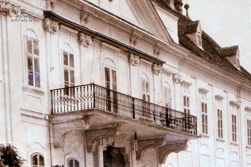 Detail malackého pálffyovského zámku, prvá tretina 20. storočia.