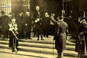 Mikuláš XIII. zastupoval panovníka na pohrebe bývalého ministerského predsedu Dezső Bánffyho v roku 1911