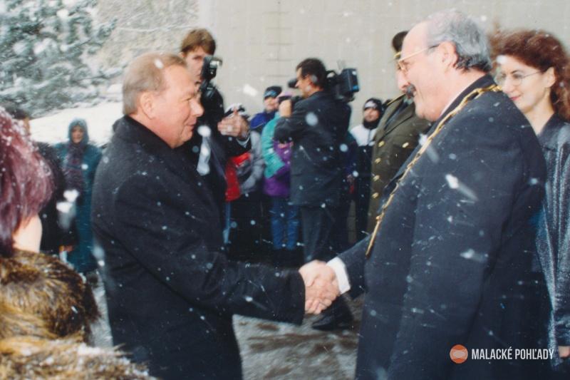 Július Morávek s prezidentom SR Rudolfom Schusterom