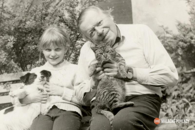 Július Trebišovský s vnučkou