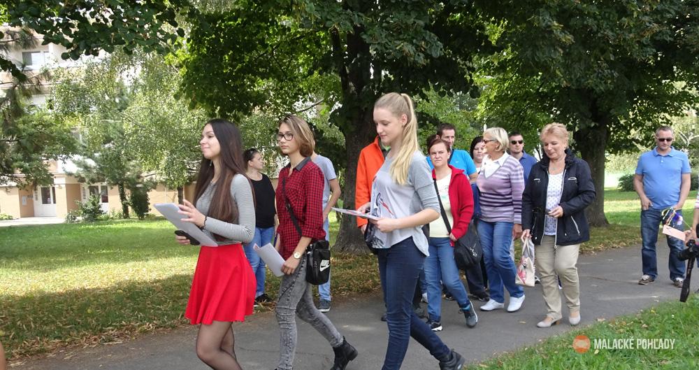 Návštevníkov čakajú prehliadky pamiatok mesta so sprievodcami. (Foto: Martin Macejka)