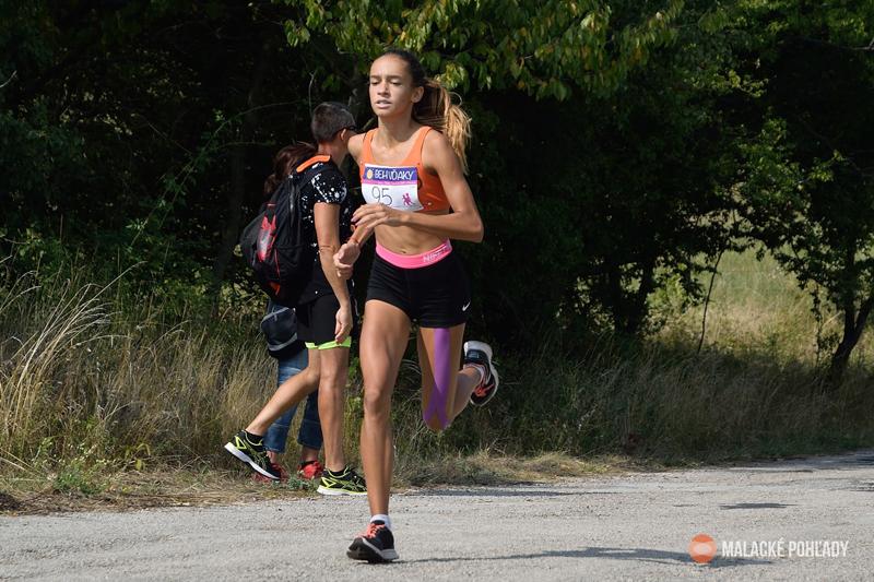 Malacká bežecká ekipa, Moravkova