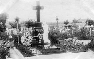 Stroj času - Prenoszilovský náhrobok na Starom cintoríne