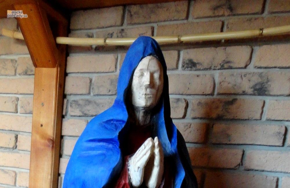 Nová socha Panny Márie - doplnené