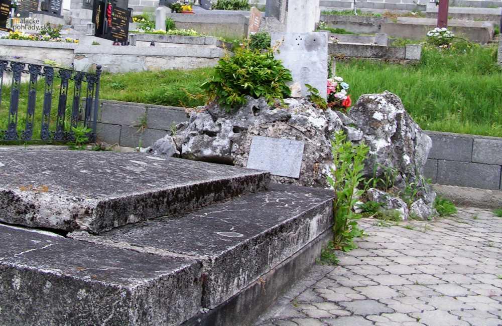 Pálffyovská hrobka v Plaveckom Podhradí