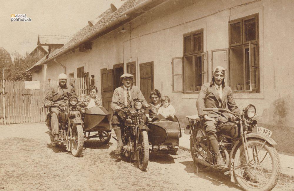 Prvé motocykle v Malackách