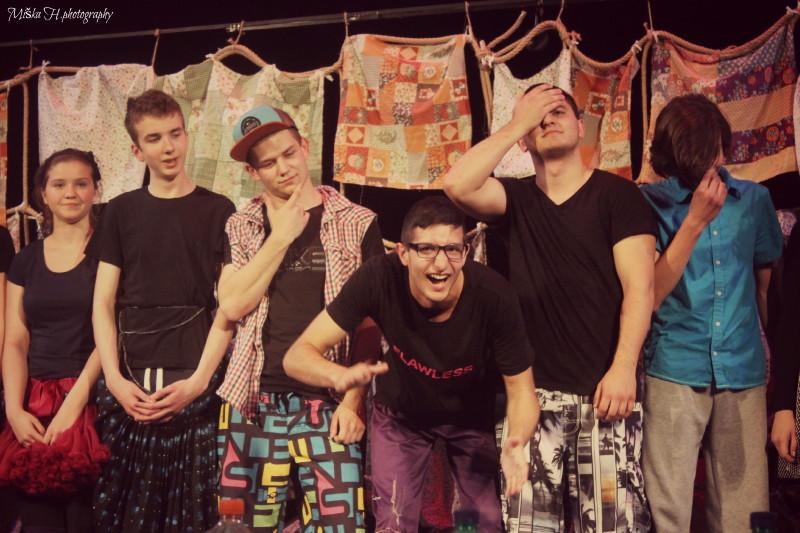 Štúdio mladých Divadla na hambálku Malacky: Pasus (2015). Foto: Miška Havrilová