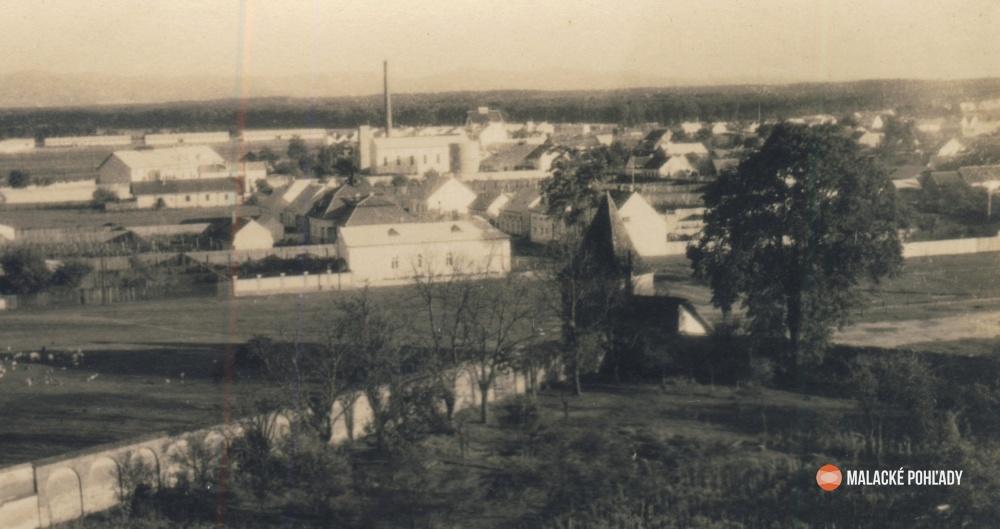 Stroj času - Areál a okolie Čierneho kláštora
