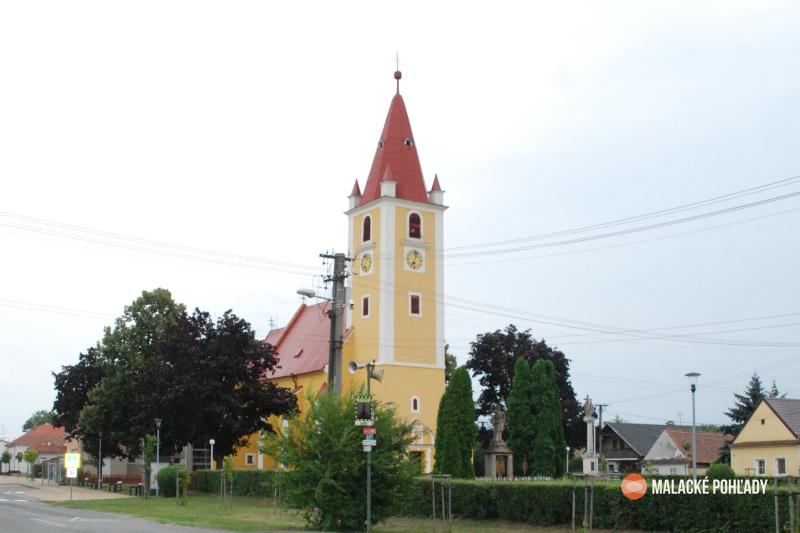 Plavecký Štvrtok kostol