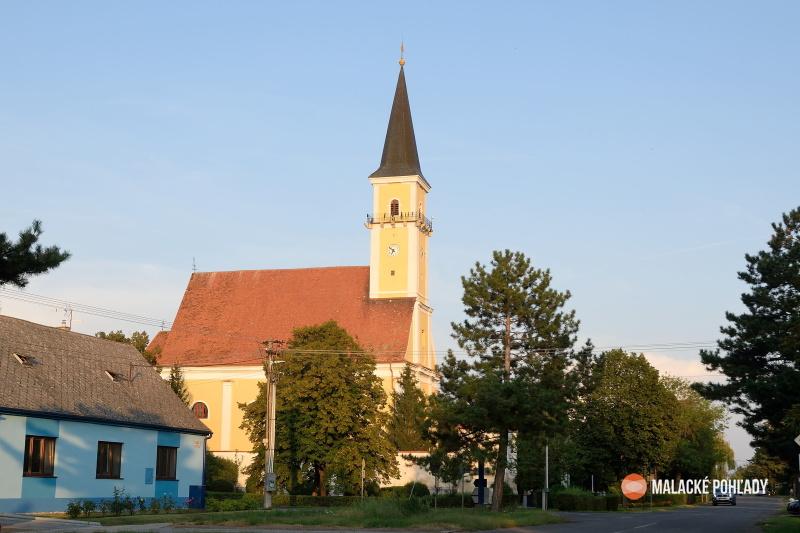 Gajary, kostol