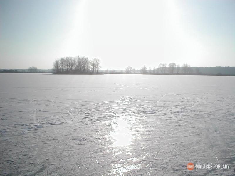 Jakubovské jazero