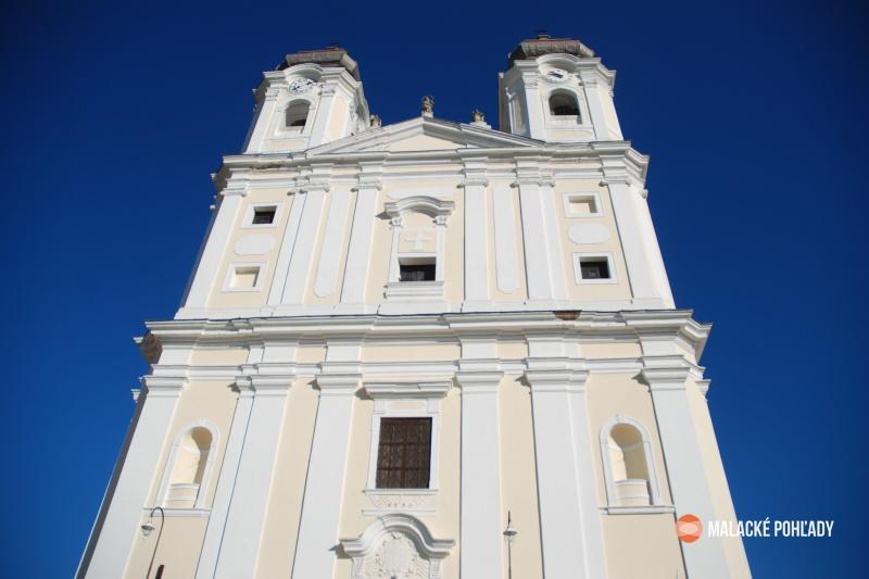 Veľké Leváre kostol