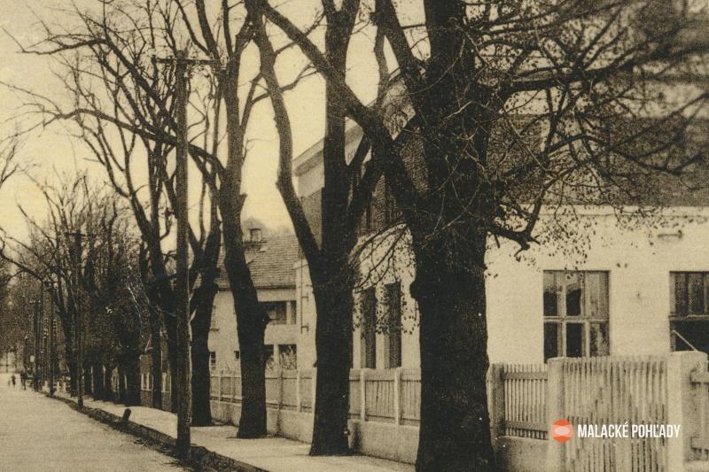 Pošta v Malackách