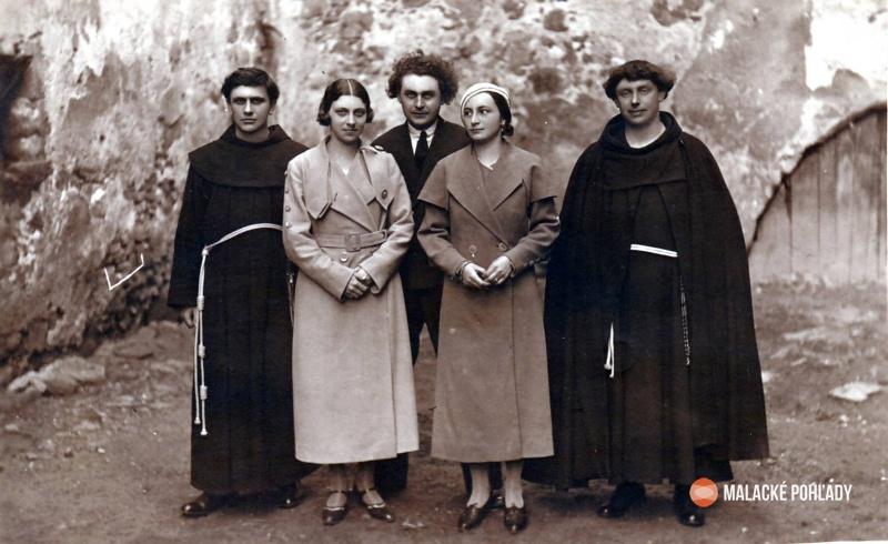 Rudolf Dilong, Margita Česányiová a iní v Malackách